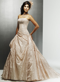 Tips for finding discount designer wedding dresses