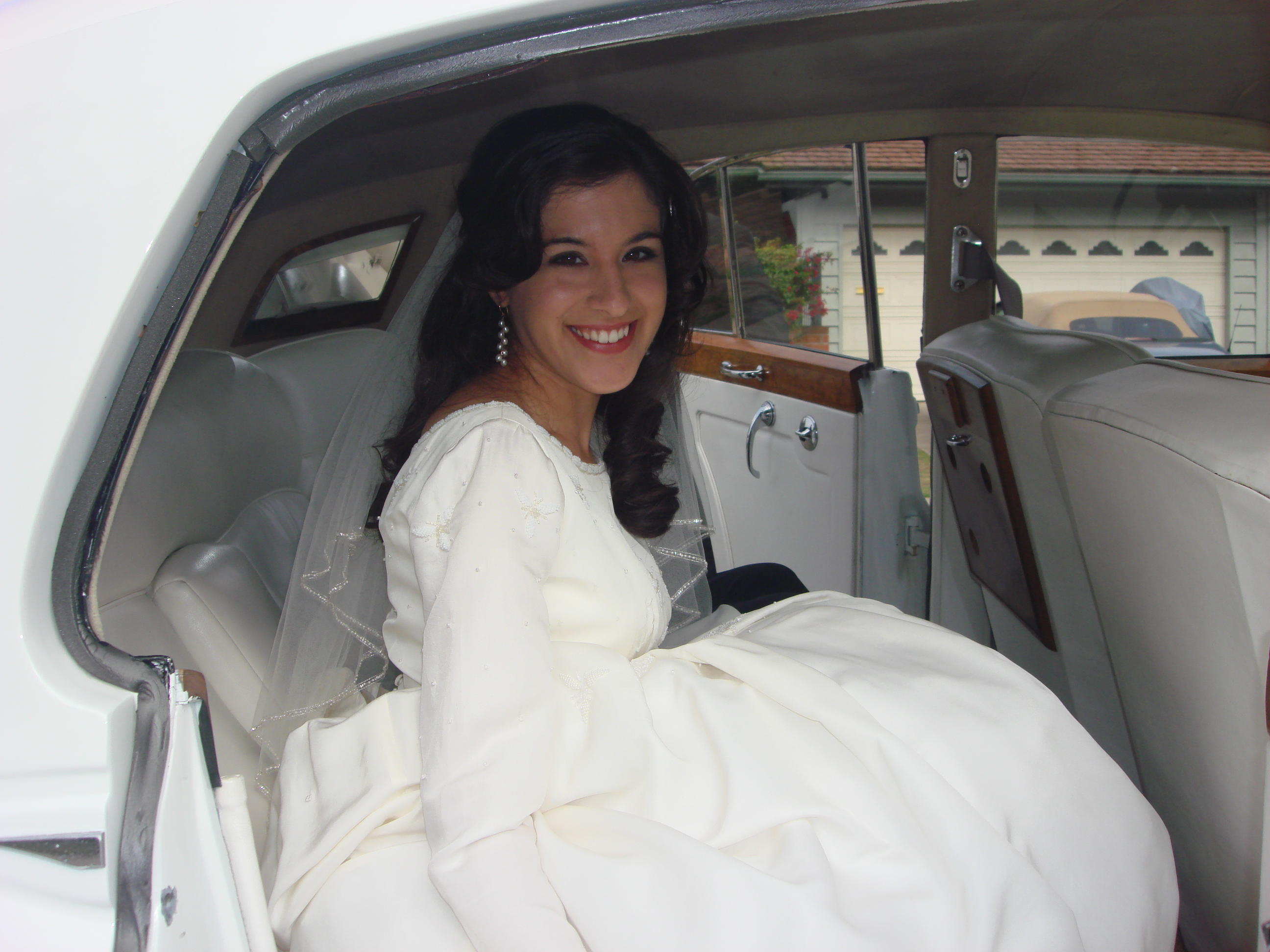 This cherished wedding dress was worn by three women teri celebrated her wedding day in june wearing the same gown that her mother and ombrellifo Images