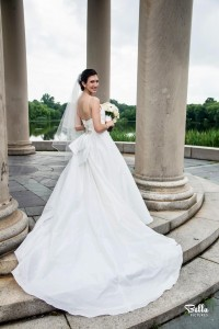 Photo: Lindsey Dunn's wedding gown