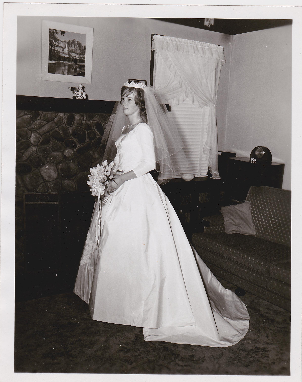 Ed 39 s wife 39 s wedding dress restoration heritage garment for Wedding dress rental philadelphia