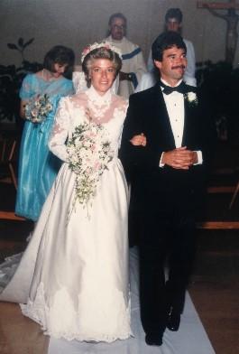 Karen walks down the aisle in 1985.