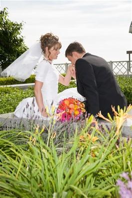 Nature closeup wedding photography