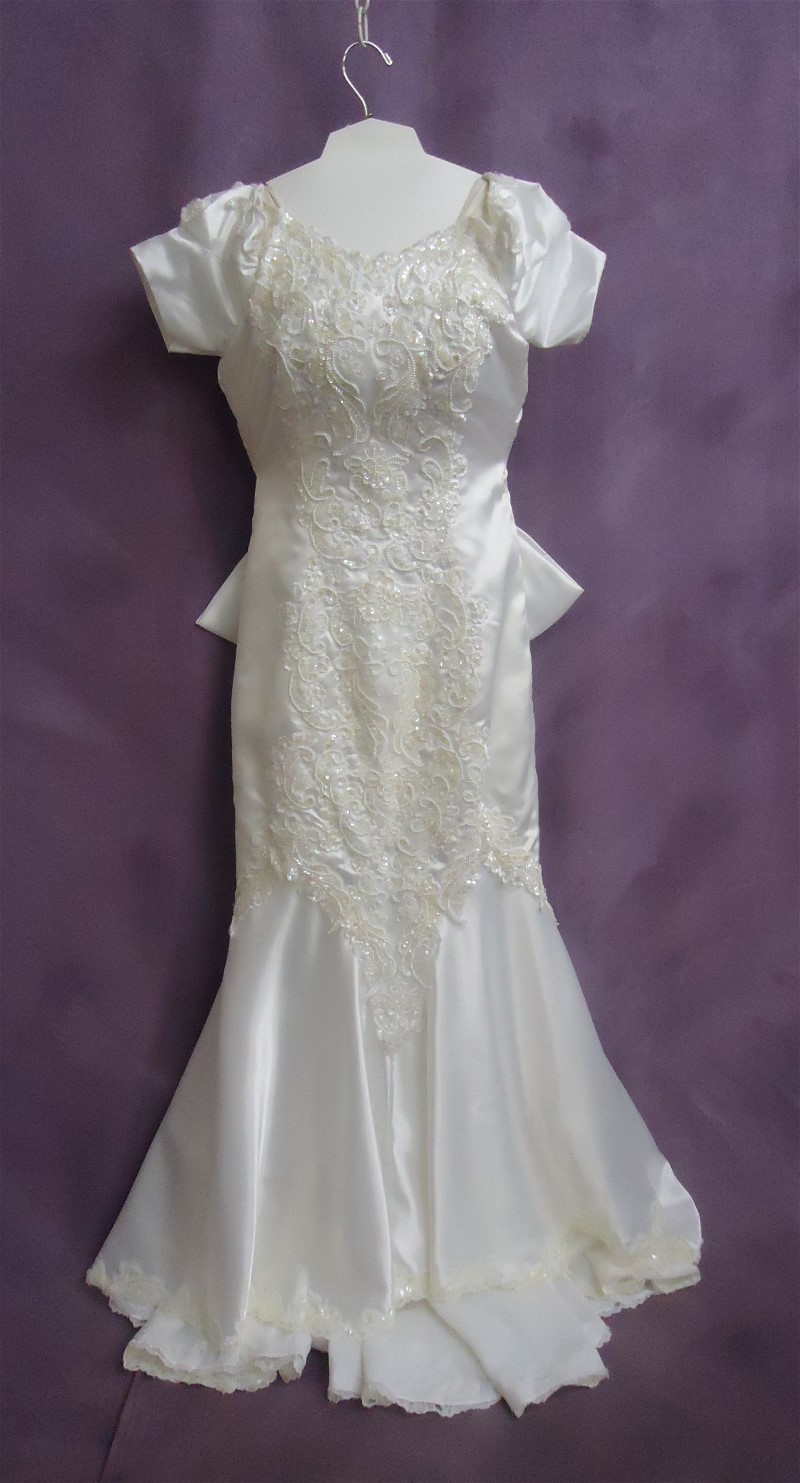 HGP's wedding dress cleaning helped Robin's gown be beautiful and fresh for her anniversary celebration.