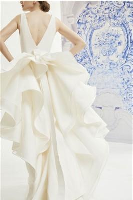 Carolina Herrera 2019 bridal gowns
